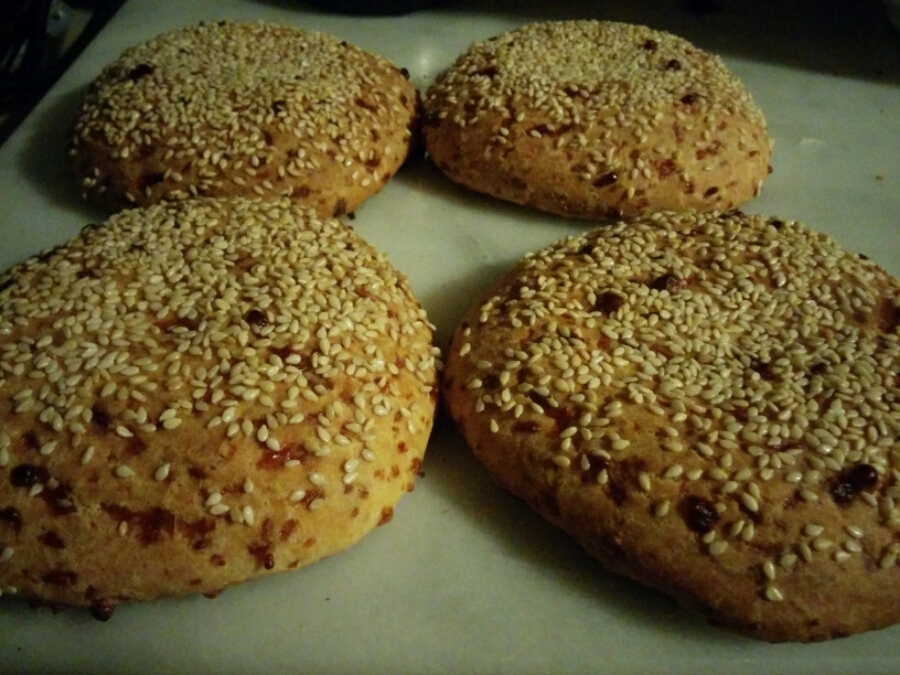 Chebe Sesame Seed Buns!